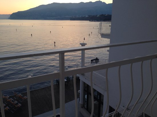 Hotel Admiral Sorrento: 5am sunrise!
