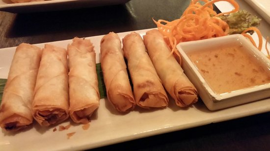 Lemongrass Thai Restaurant – Near Lamcy Plaza