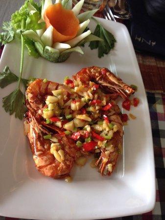 Golden Lotus : Tiger Prawn in Salt, chilli & garlic - YUMMY!