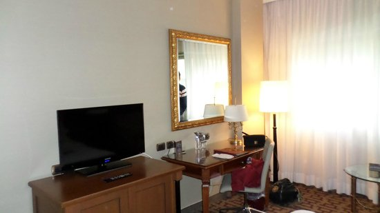 Sheraton Roma Hotel & Conference Center : Quarto