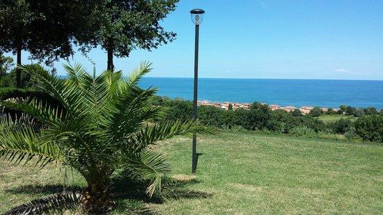 Isola Belgatto : vista mare