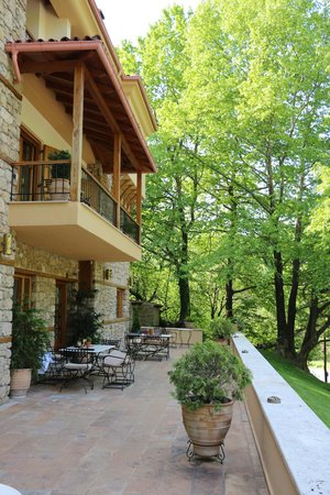 Roes Suites: καταπράσινο περιβάλλον