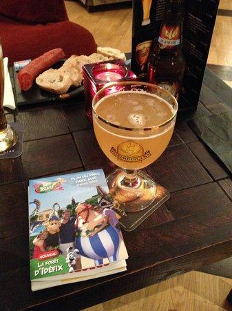 Hotel des Trois Hiboux: Bar et apéritif