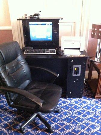 The Charles Stewart Dublin: coin internet dans le salon