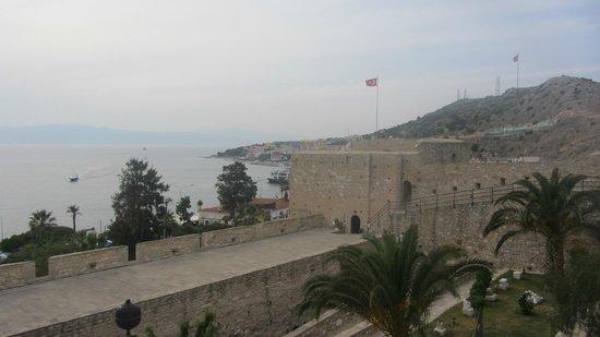 Cesme Castle: Вид с крепости