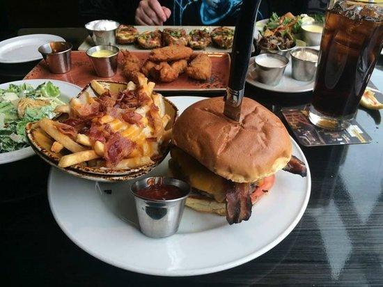 Hard Rock Cafe: April 2014