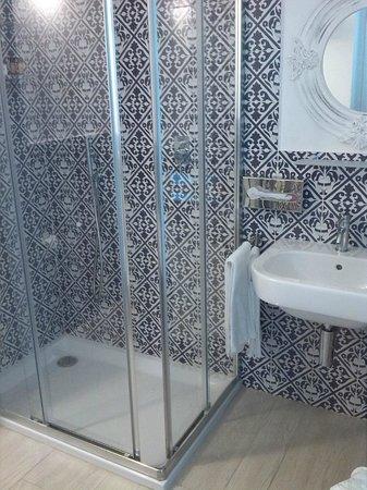 Albergo Rivamare: bagno
