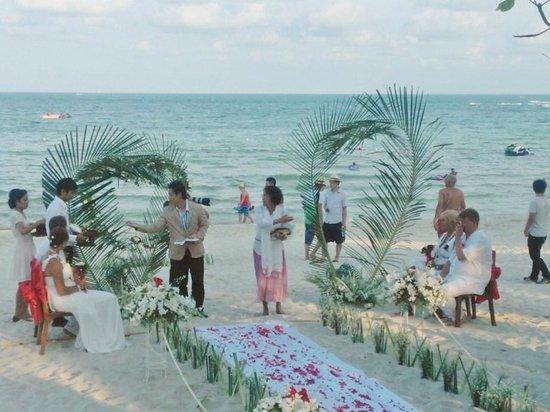 Chaweng Buri Resort: weddingbeach