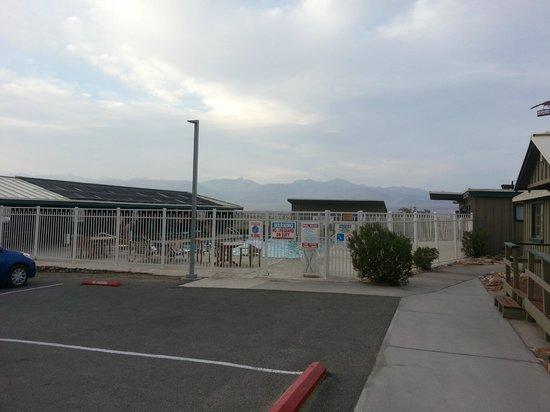 Stovepipe Wells Village Hotel: La piscine de l'hôtel
