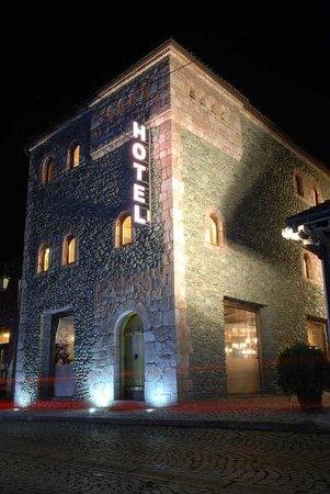 Hotel Carshia e Jupave