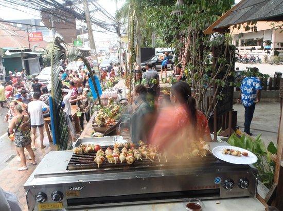 Chaweng Buri Resort : songkran
