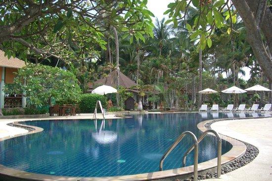 Chaweng Buri Resort : pool