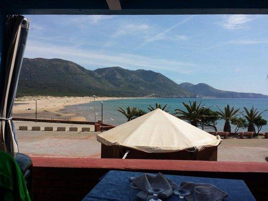 Terrazza coperta ristorante - Picture of L\'Ancora, Portixeddu ...