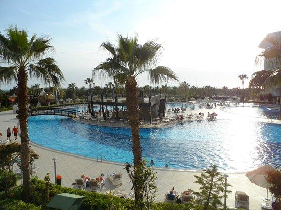Amelia Beach Resort & Spa: Piscine