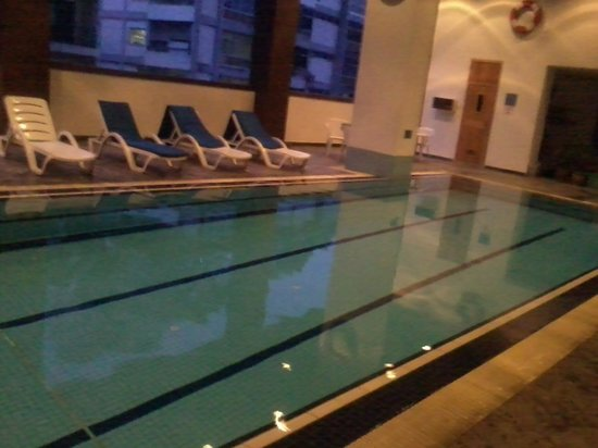 The Maple Suite: pool!!