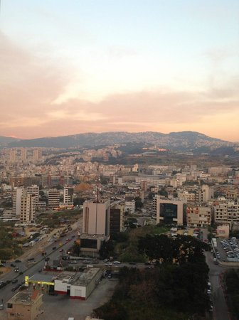 Hilton Beirut Habtoor Grand: sunset view