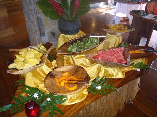 Le Taha'a Island Resort & Spa : Bufffet Breakfast Selection