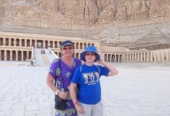 Totentempel der Hatschepsut im Deir-el-Bahari-Tal: в долине царей