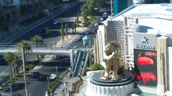 Tropicana Las Vegas - A DoubleTree by Hilton Hotel: View from room 1811