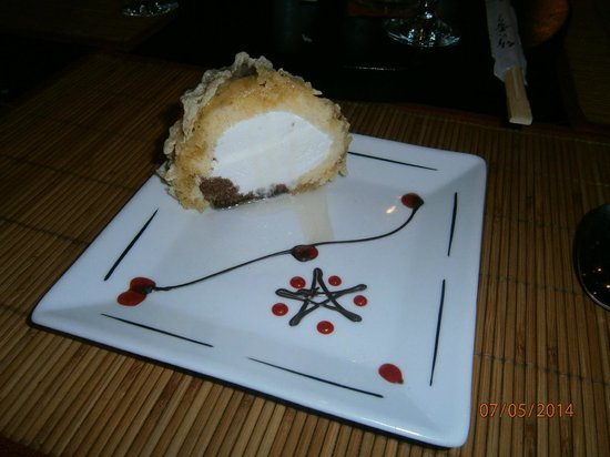 SUNRISE Select Royal Makadi Resort: Deep Fried Ice Cream Dessert - Asian Restaurant