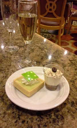 MGM Grand Buffet: Key Lime pie