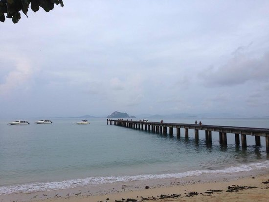 Santhiya Koh Yao Yai Resort & Spa: Walk way to the pier