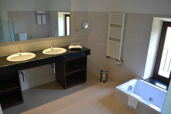 Monnaber Vell: Perfektes Badezimmer