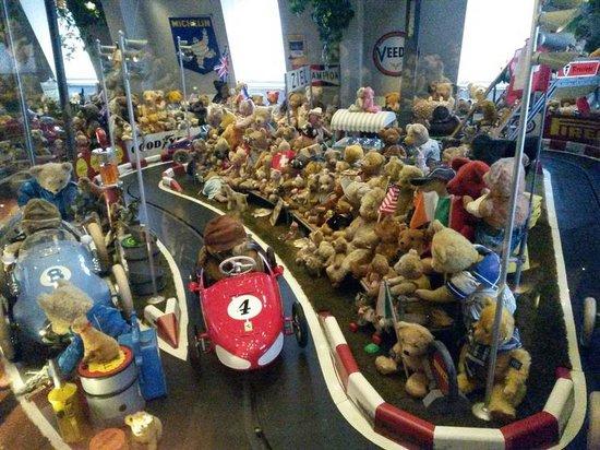 Bärendoktor bild von spielzeug welten museum basel
