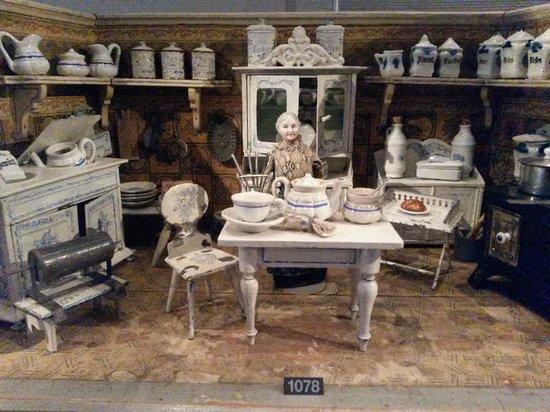 Spielzeug Welten Museum Basel: Puppenstube
