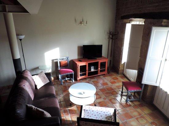 Apartamentos Señorío de Haro: Salón acogedor