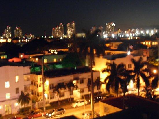 Courtyard by Marriott Miami Beach South Beach: De nuit sur le toit