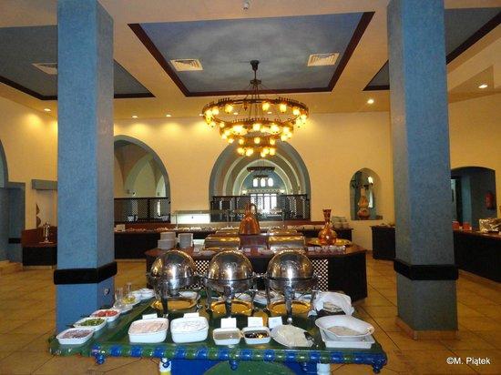 Jaz Lamaya Resort: Dining