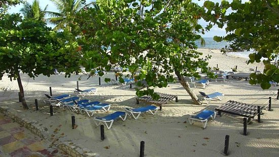 Grand Paradise Playa Dorada: Vue depuis le balcon de notre chambre ;)