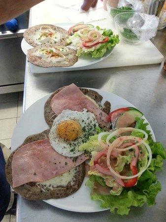 Nitra Hemb Poen : Galette de pomme de terre façon madame et la cabriomiel...