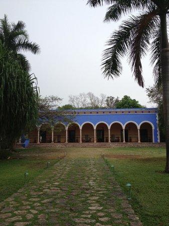 Hacienda Santa Rosa, A Luxury Collection Hotel: Le bâtiment principal / lobby / restaurant