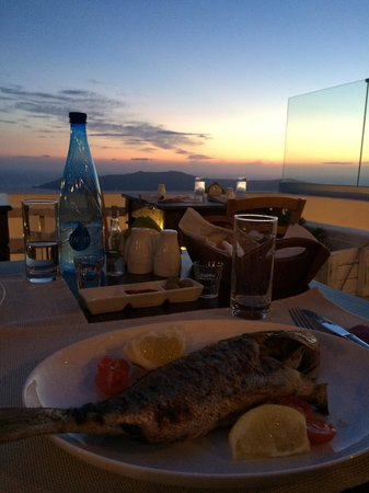Mezzo Restaurant: Dinner with Sunset