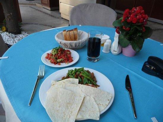 Dogan Hotel: Lunch Chickenfajitas...