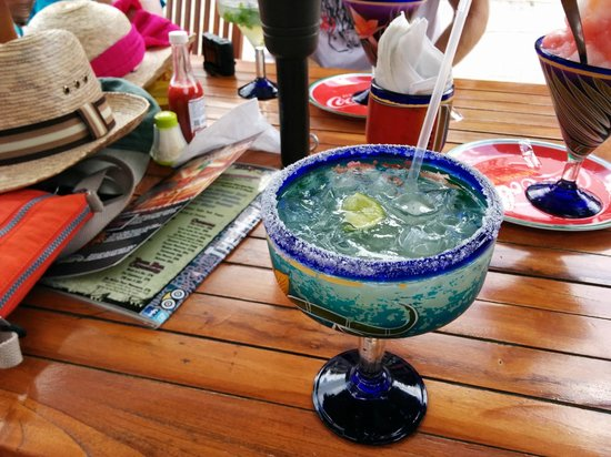 Wet Wendy's Margarita House and Restaurant: Margarita on the rocks at Wet Wendy's