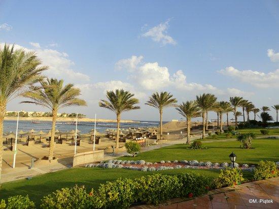 Jaz Lamaya Resort : Beach