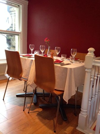 Nick's Kitchen: Set for a fine dining experience