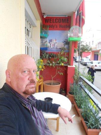 Freddy's Hotel: Relaxing on the balcony