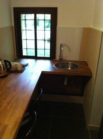 Le Mas d'Entremont: Kitchen Room 17