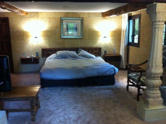 Le Mas d'Entremont: Bed room 17
