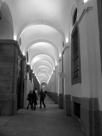 Musée Reina Sofía : μουσείο