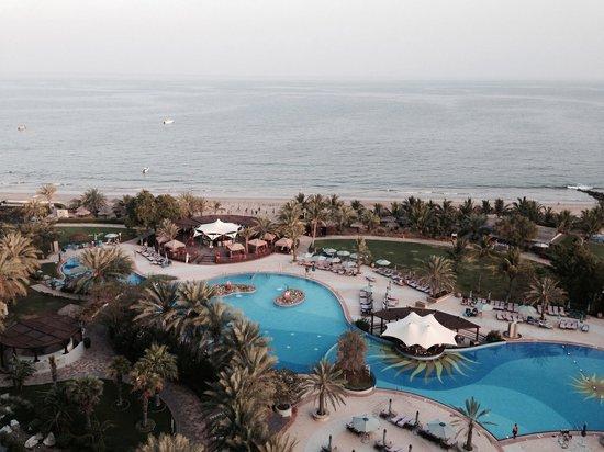 Le Meridien Al Aqah Beach Resort: Вид с балкона номера