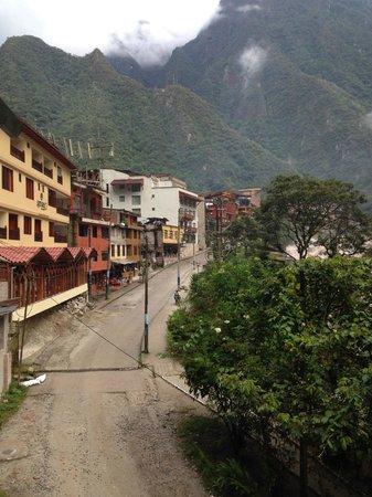 SUMAQ Machu Picchu Hotel: The street of hotel