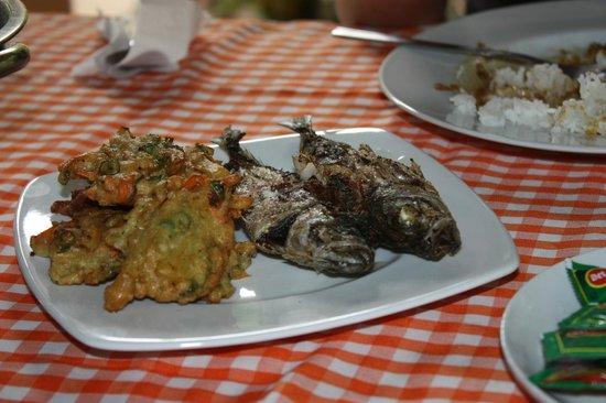 Tangkoko Dove Villas : more lovely food!