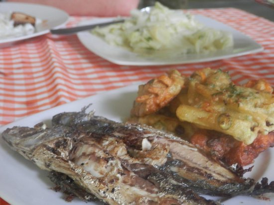 Tangkoko Dove Villas: more lovely food, such a lovely variety!