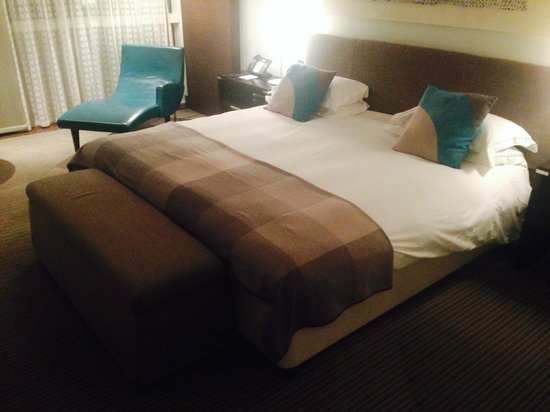 The Lowry Hotel: Bed