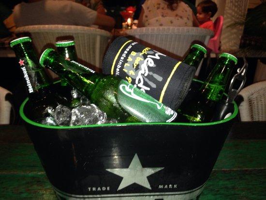 Meads Beach Bar & Grill : Bargain bucket